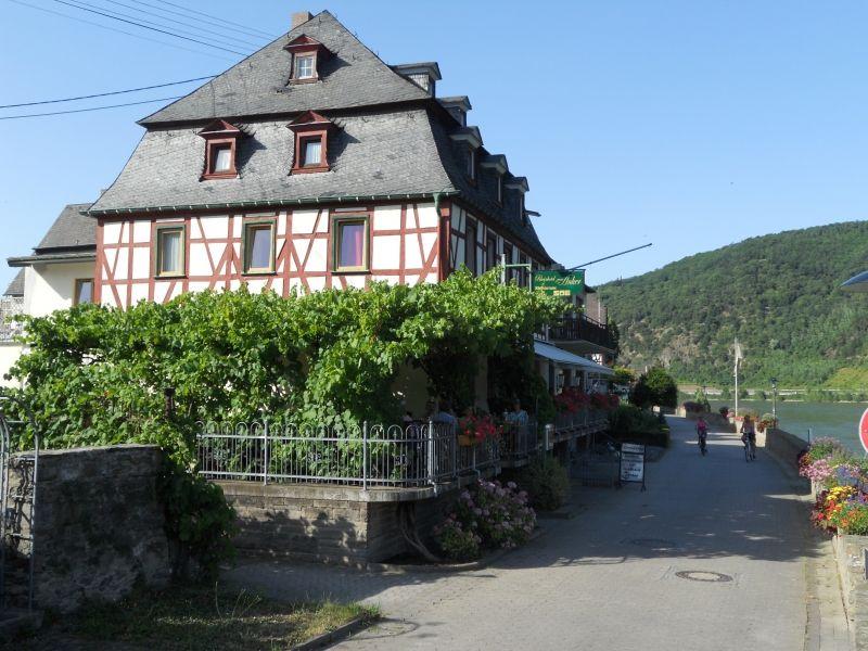Rheinhotel - Gasthaus - Pension Zum Anker