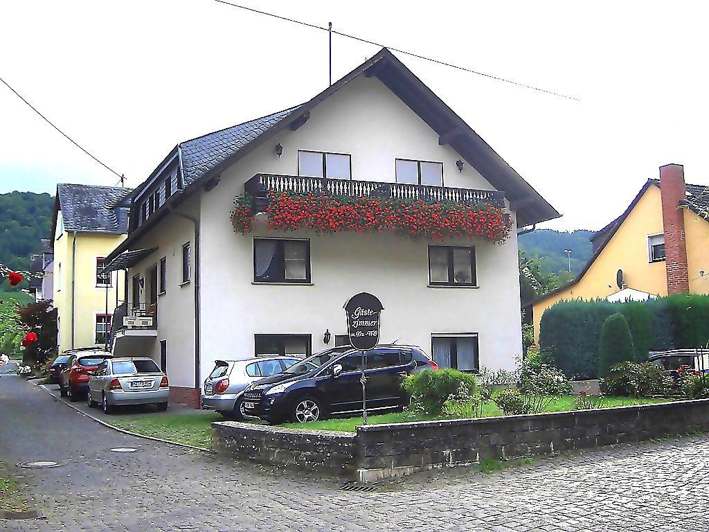 Moezel-Gastenhuis Kirch nabij Cochem/Moezel - Kamer en Vakantiewoning