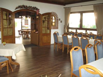 Restaurant • Pension Zum Isertal